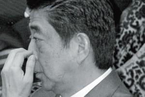 """7年前の""""退陣""""悪夢再来?気になる安倍首相の健康問題"""