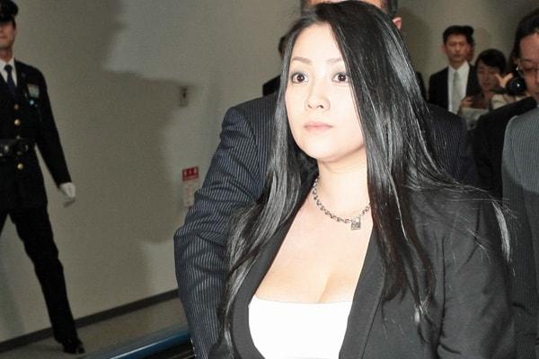 小向美奈子容疑者 絶えなかった「クスリの噂」と「謎の金欠」