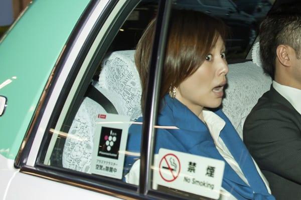 米倉涼子\u201cモラハラ夫\u201dが夜の街で「俺は別れたくない」