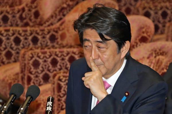 雑誌記者から外務省入り「安倍演説」スピーチライターの正体