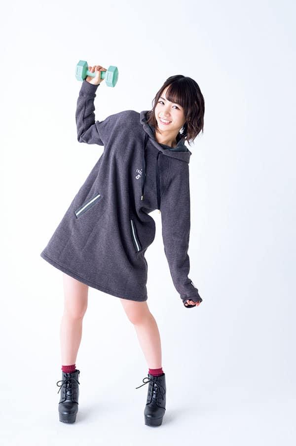 北野日奈子、怪力自慢の健康的ショート美女♡