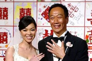 シャープを6600億円で買う「ホンハイ」会長の華麗な女遍歴