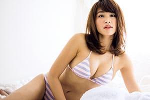 久松郁実、表紙登場ランキング1位&20歳の記念に「夢の撮影」が実現!!