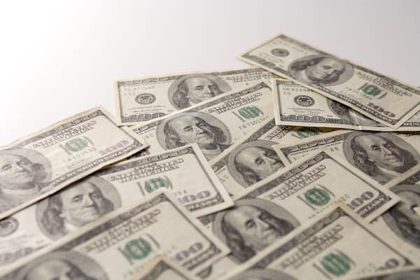 確定申告で知りたい香港「年収1000万円で所得税5万円」の魅力
