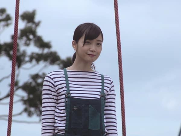 乃木坂46の深川麻衣ソロ曲「強がる蕾」、アンダーメンバー曲「不等号」MVが公開