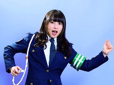 桜井日奈子、女性警官になります!