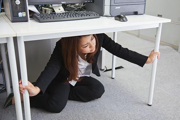 東日本大震災の恐怖再来!? 災害時に本当に役立つSNSは?