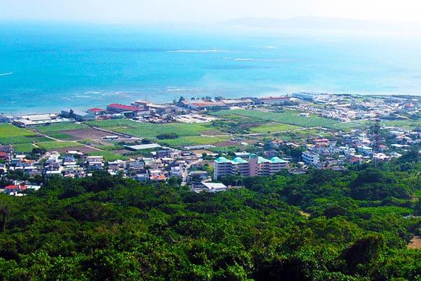 「沖縄」37年間で姿を消した自然海岸は東京ドーム500個分!