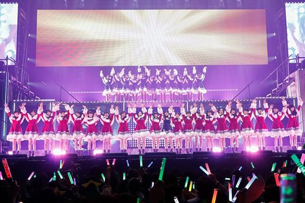 欅坂46が初ワンマンで号泣、新曲初披露!