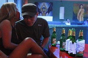ガラパゴスのナイトクラブ嬢「島に来たのはお金のためよ」