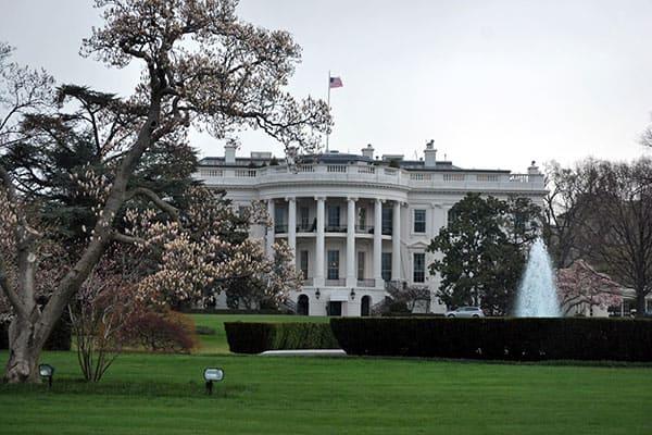 年金2300万円!オバマ元大統領を待ち受ける「悠々自適」生活