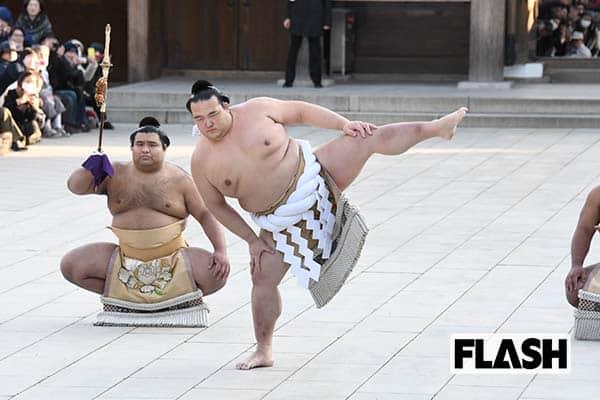 19年ぶり日本出身横綱誕生でも「稀勢の里」親方と不仲5年間
