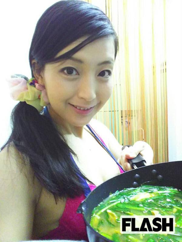 【美熟女のマイ鍋レシピ】並木塔子「ぷりぷりホルモン鍋」