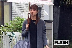 離婚「小倉優子」慰謝料ゼロでもブログの収入月150万円