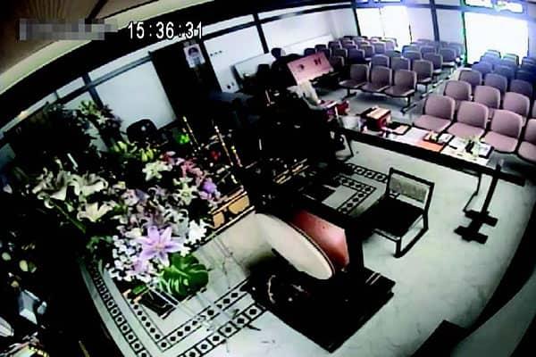 防犯カメラ賽銭泥棒2