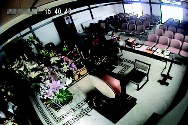 防犯カメラ賽銭泥棒4
