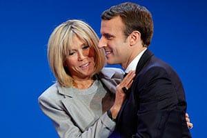 フランス大統領選「マクロン候補」夫人は25歳年上の元担任教師