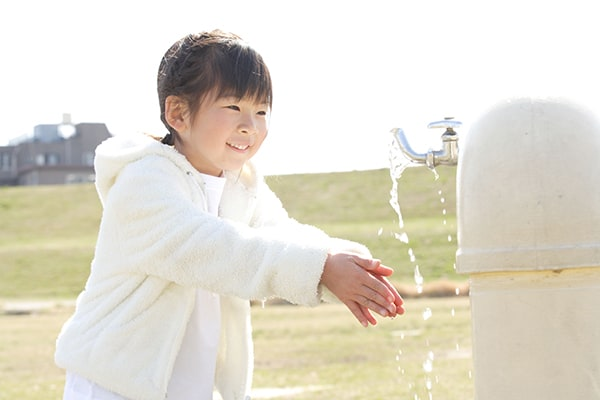 藤井聡太四段を育てた「モンテッソーリ教育」は五感を重視