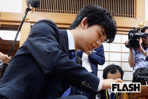 藤井聡太「将棋を教えてくれた祖父」が亡くなっていた