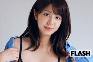 今田耕司氏イチオシのグラビア美女『本郷杏奈』デジタル写真集配信スタート!