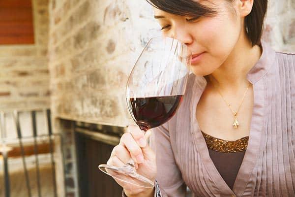 醸造時に砂糖添加も当たり前?「ワイン業界」不可思議な常識