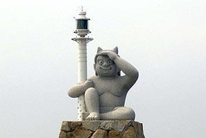 絶滅の危機に瀕する「灯台」デザイン化で生き残る
