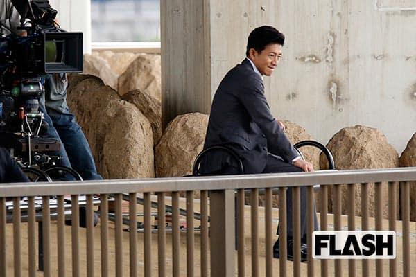 木村拓哉「初の汚れ役」「嵐と共演」で撮影現場はピリピリ