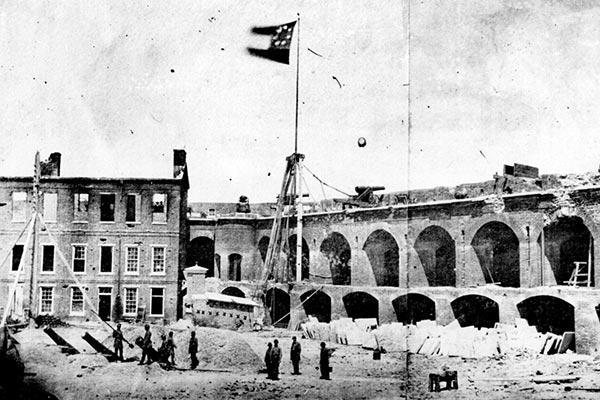 内戦の確率35%「アメリカで第2次南北戦争が始まる」説