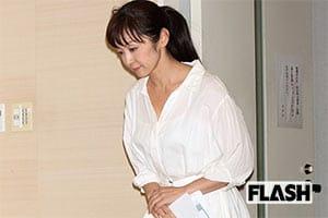 斉藤由貴が作詞『大正イカレポンチ娘』は不倫を予言してた?