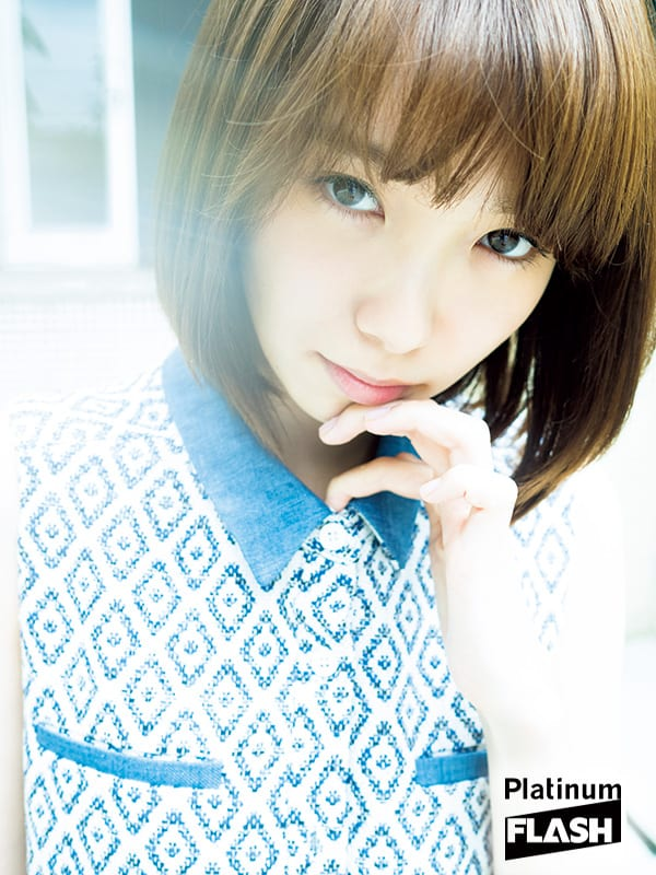 Pick Up Actress 飯豊まりえグラビア「Bohemian」Platinum FLASH(プラチナフラッシュ)