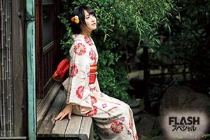 菅井友香 気品漂うお嬢様も、ふだんはひとりの女のコ…。「花鳥諷詠」
