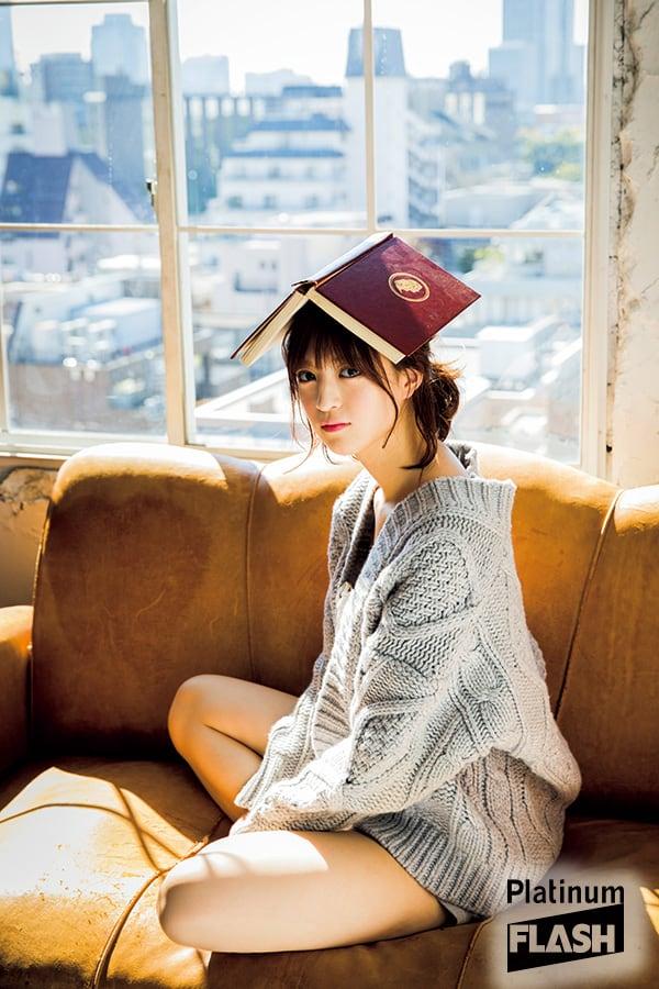 乃木坂46 吉田綾乃クリスティー「マイペースお姉さんのまったり休日スタイル」