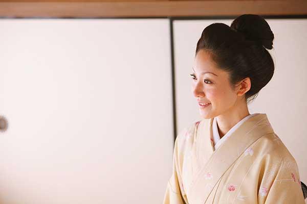 IKKO「美容師の母」の影響で小6にして日本髪を結えた