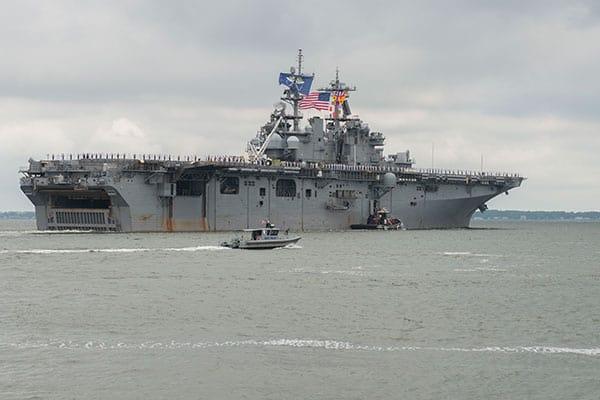 米空母が朝鮮半島に集結「イラク戦争を超える過去最大級」