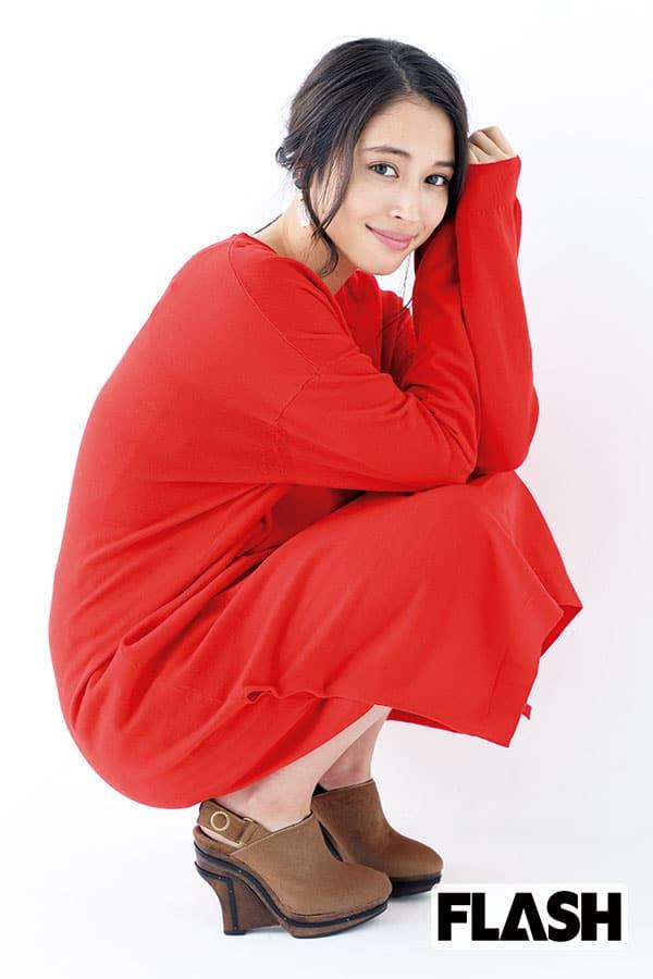 飯島直子が語る「広瀬アリス」目ヂカラが強く芯の強さも