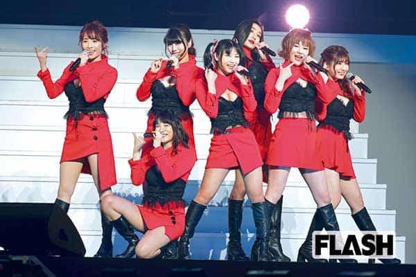 G☆Girlsが世界初「グラビアランウェイ」美乳が揺れた!