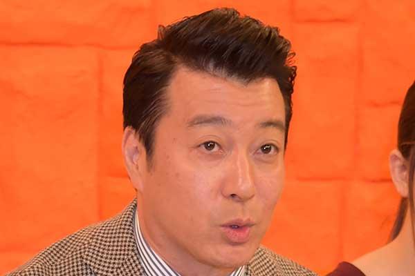 ゴキブリ嫌いの「加藤浩次」叩きつぶすのは奥さんにおまかせ