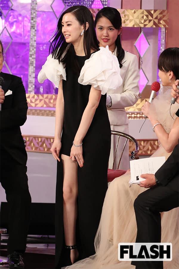 土屋太鳳と北川景子「セクシー足」はどっちだ