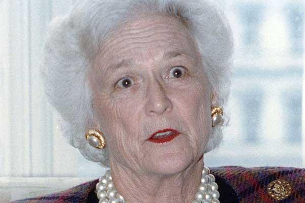 トランプ大統領も脱帽「アメリカの母」バーバラ・ブッシュさん逝く