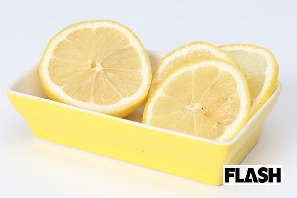 紅茶にレモンで発ガン性物質が…「食べ合わせNG」大研究