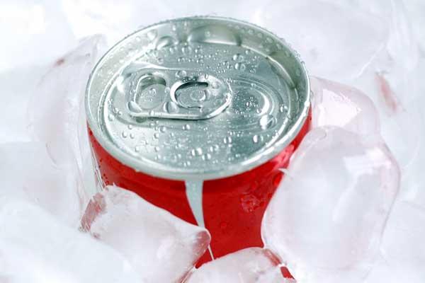 炭酸を飲んだことなかった「風間トオル」コーラのCMで四苦八苦