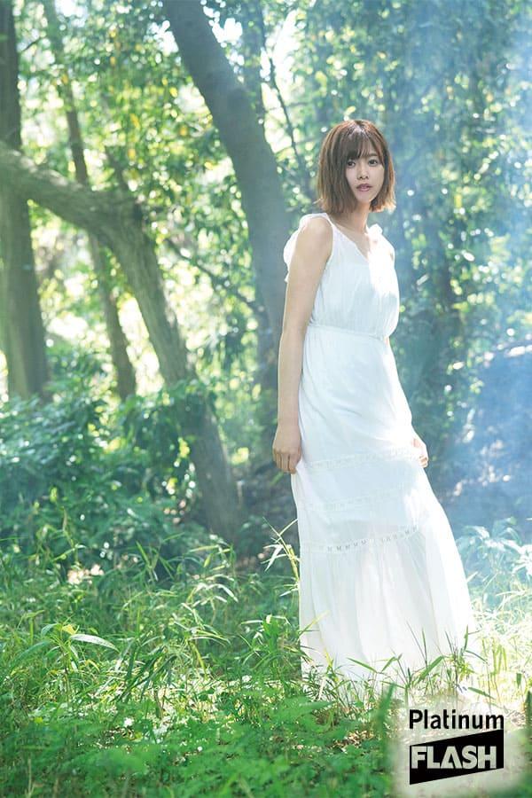 欅坂46の美の象徴 渡邉理佐「森へ帰る。」