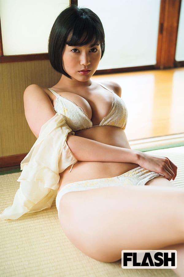 巨乳すぎるレポーター「出口亜梨沙」目標は木村佳乃