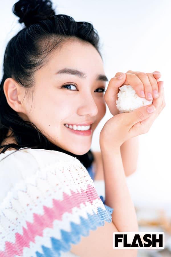 朝ドラ女優「奈緒」得意料理は土井善晴に教わったおにぎり