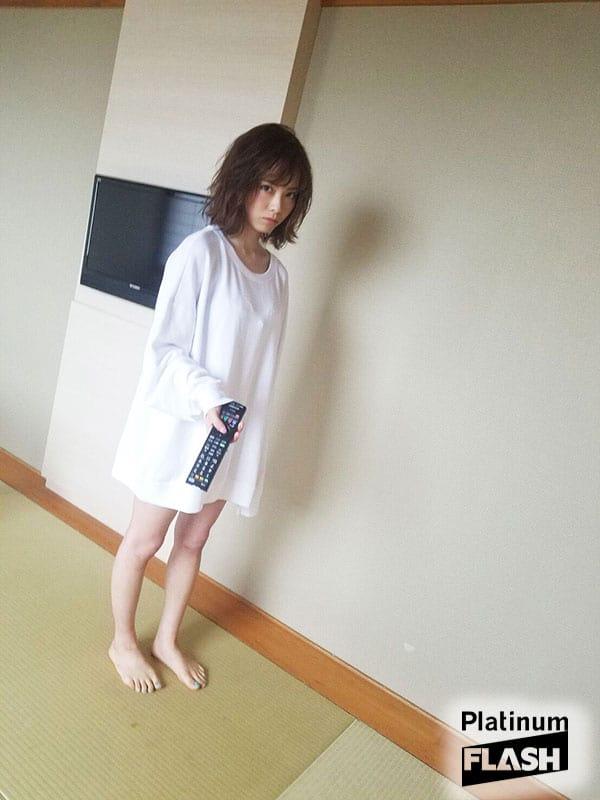 西村歩乃果【動画・オフショット】Platinum FLASH Vol.5