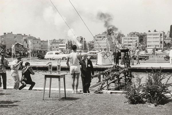 1964年「東京五輪」聖火を空輸した男/日本でコレラ発生