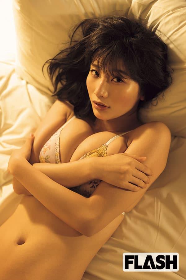小倉優香「夜の顔」