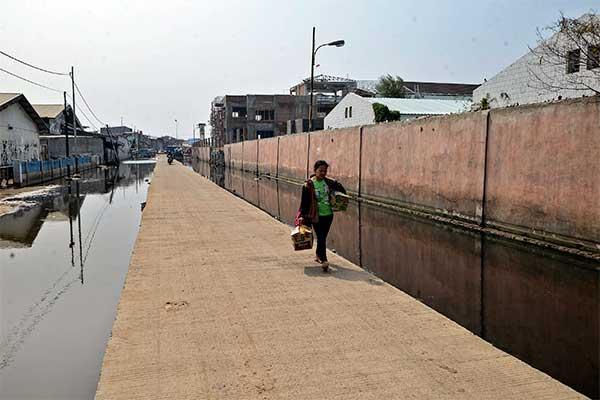 アジア大会で盛り上がるジャカルタに「水没」の危機が迫る