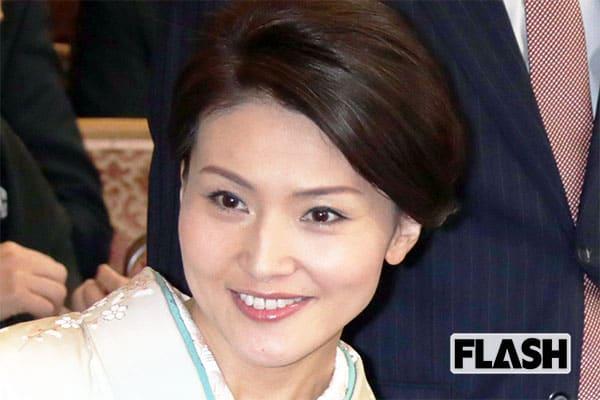 宮崎謙介の生前葬で妻・金子恵美が「他の女性に目もくれず待ってて」