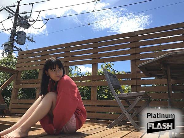 乃木坂46 岩本蓮加【オフショット】Platinum FLASH Vol…